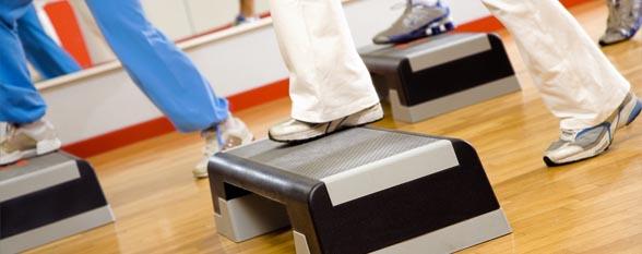 Степ аэробика для похудения в домашних условиях + видео